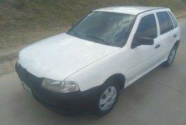 SHOCK!! Un excelente Volkswagen Pointer 2003, contacta para ser su dueño