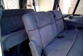 Quiero vender inmediatamente mi auto Ford Aerostar 1995 muy bien cuidado