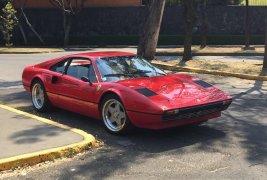 Pongo a la venta cuanto antes posible un Ferrari 308 en excelente condicción