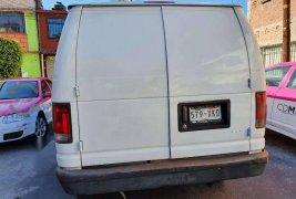 En venta un Ford Econoline 2007 Automático en excelente condición