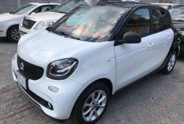 Vendo un carro Smart Forfour 2018 excelente, llámama para verlo