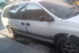 Urge!! Vendo excelente Chrysler Voyager 1996 Automático en en Tlaquepaque