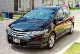 Quiero vender urgentemente mi auto Honda City 2010 muy bien estado