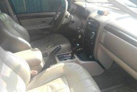 En venta carro Jeep Grand Cherokee 2004 en excelente estado