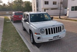 Precio de Jeep Patriot 2010