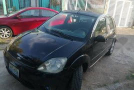 Vendo un Ford Fiesta impecable