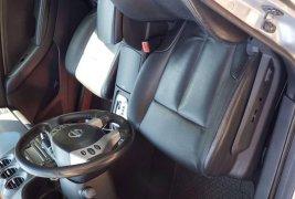 Un Nissan Altima 2008 impecable te está esperando