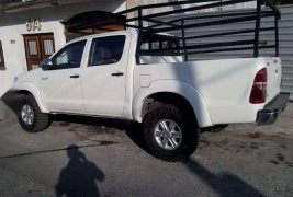 Toyota Hilux 2015 impecable