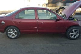 Ford Contour 2000 impecable