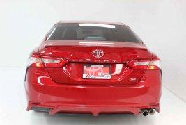 Coche impecable Toyota Camry con precio asequible
