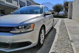 Vendo un carro Volkswagen Jetta 2012 excelente, llámama para verlo