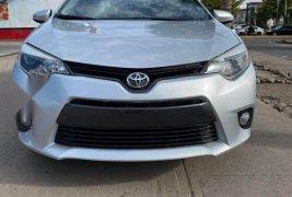En venta un Toyota Corolla 2015 Automático muy bien cuidado