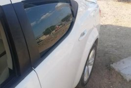 Carro Dodge Avenger 2012 en buen estadode único propietario en excelente estado