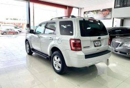 Ford Escape XLS 4L 2011