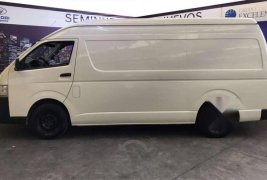 Toyota Hiace Panel S Larga