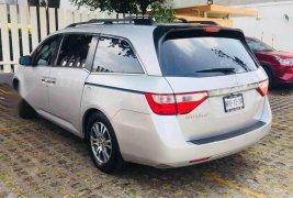 Excelente Honda Odyssey como nueva