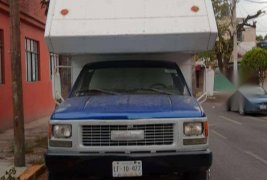 Se vende camioneta chevrolet 3500
