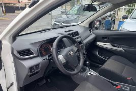 Toyota avanza premium 2015 automática