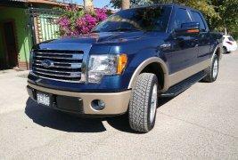 Ford Lobo 4x4 2013 $ 365,000.