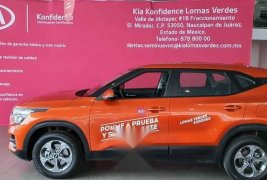 Kia SELTOS 2020 5p EX, L4, TM 6 Vel, A/AC, Tela, 5