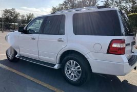 Ford expedition limited que