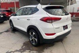 Hyundai tucson unica dueña piel qmacoco gps 4 cil