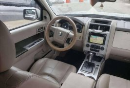 Auto Mercury Mariner 2010 de único dueño en buen estado