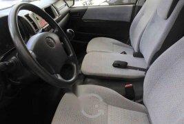 Toyota Hiace 2017 5p L4/2.7 Man 15/Pas