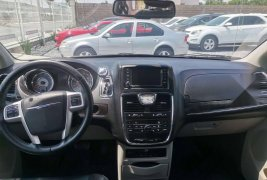 Impecable Town and country touring 2015