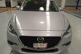 Se pone en venta Mazda Mazda 3 i Touring 2018