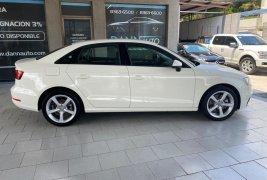 Pongo a la venta cuanto antes posible un Audi A3 en excelente condicción