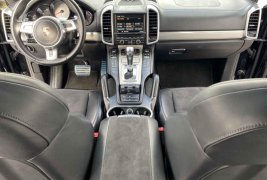 Auto Porsche Cayenne 2013 de único dueño en buen estado