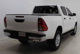 Auto Toyota Hilux 2017 de único dueño en buen estado