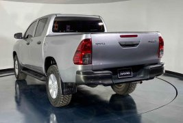 Se pone en venta Toyota Hilux 2016