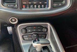 Pongo a la venta cuanto antes posible un Dodge Challenger en excelente condicción