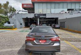 Auto Toyota Camry 2019 de único dueño en buen estado