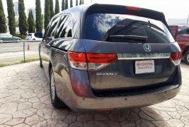 Auto Honda Odyssey 2016 de único dueño en buen estado