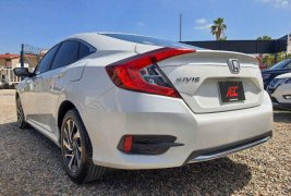 Honda Civic 2019 en buena condicción